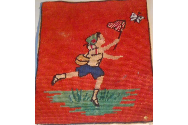 (Goblen Vintage) Fata alergand dupa Fluturi